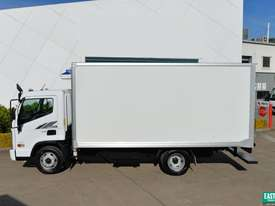 2019 Hyundai MIGHTY EX6  Refrigerated Truck   - picture2' - Click to enlarge