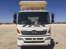 2012 Hino FM 2627-500 Series Water truck Truck - picture1' - Click to enlarge