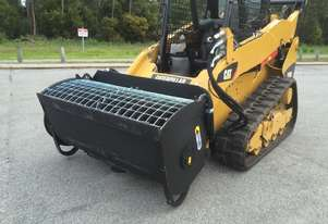Self-Loading Skid Steer Mixer Bucket
