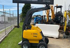 NEW WACKER NEUSON/Powered by Dingo Mini Loaders