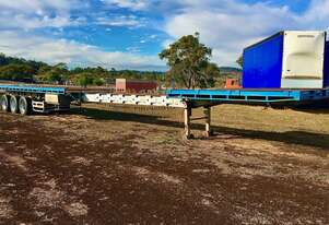 FREIGHTER tri axle flat top extendable trailer