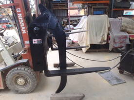 Telehandler Log Grab / Grapple GT53 - picture7' - Click to enlarge