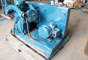 Ingersoll Rand piston vacuum pump
