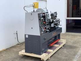 ASSET-1640TR - Toolroom Quality Heavy Weight 1600Kg 2 Axis DRO - picture17' - Click to enlarge