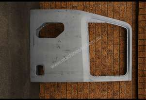 WESTERN STAR Door shell  FOR SALE