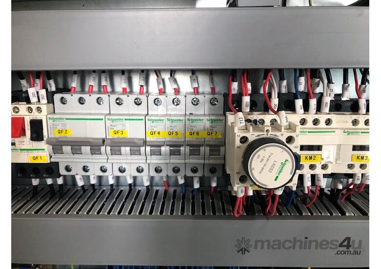 AccurlCMT 5 AXIS CNC PRESS BRAKE | ITALIAN 2D GRAPHICAL CONTROLLER