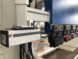 CMT 3 AXIS CNC PRESS BRAKE - Rock12+ 2D gaphical  - picture2' - Click to enlarge