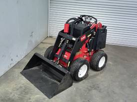 TORO W320D HIGH PERFORMING MINI LOADER SN -144