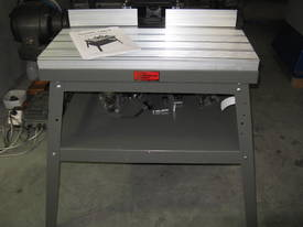 ROUTER TABLE 784 X 250MM SLIDING & TILTING TABLE RT014 OLTRE MACHINERY - picture2' - Click to enlarge