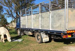 Hino Gd  cattle truck for sale