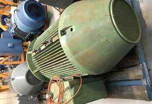 250kw 4 pole 1485rpm 415v Pope AC Electric Motor