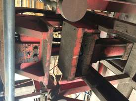 Hydraulic Press - picture2' - Click to enlarge