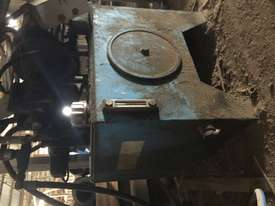 Hydraulic Press - picture3' - Click to enlarge