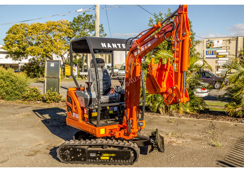 Yanmar Powered Nante 1.6T Excavator with 2 Year 2000 Hours FULL Warranty