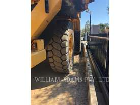 CATERPILLAR 773GLRC Off Highway Trucks - picture4' - Click to enlarge