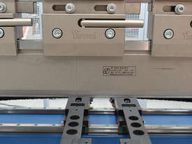 Yawei PBH 110-3100 CNC5, CNC7 or more. Precision CNC pressbrakes. Machines IN STOCK. - picture8' - Click to enlarge