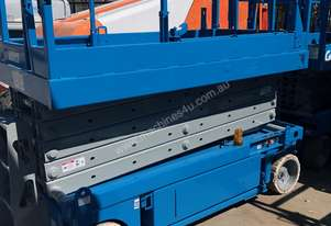 USED GENIE 32FT ELECTRIC SCISSOR LIFT