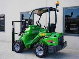 Avant 523 Wheel Loader - picture4' - Click to enlarge