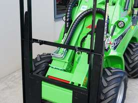Avant 523 Wheel Loader - picture6' - Click to enlarge