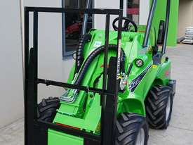 Avant 523 Wheel Loader - picture7' - Click to enlarge