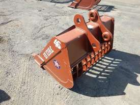Unused 1150mm Skeleton Bucket to suit Hitachi ZX120 / ZX135 - 8377 - picture2' - Click to enlarge