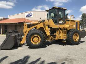 WCM958G-II 17Ton Wheel Loader - picture1' - Click to enlarge