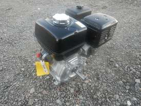 Unused Honda GX340 10.7HP 4 Stroke Air Cooled Petrol Engine - 1123132 - picture2' - Click to enlarge