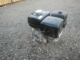 Unused Honda GX340 10.7HP 4 Stroke Air Cooled Petrol Engine - 1123132 - picture3' - Click to enlarge