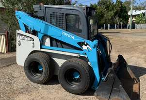Toyota Huski Skid Steer Perfect For Grassy Areas!