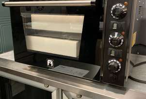 HUGE Showroom Clearance! Effeuno Pizza Oven