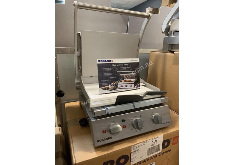 Roband GSA610S | 6 Slice Smooth Surface Contact Grill