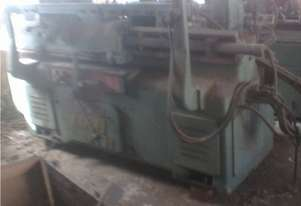 Automatic copy wood lathe