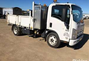 Isuzu 2010   NQR450 Medium