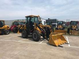 SUMMIT 828 120HP 6.5T Wheel Loader With 4 in 1 Bukcet, Fork & Spare Wheel - picture0' - Click to enlarge