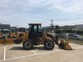 SUMMIT 828 120HP 6.5T Wheel Loader With 4 in 1 Bukcet, Fork & Spare Wheel - picture2' - Click to enlarge