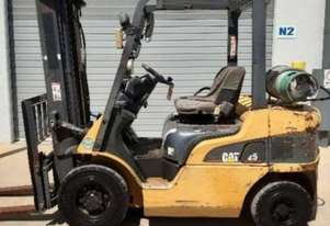 Caterpillar Used CAT 2.5T LPG Forklift