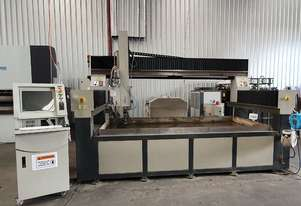 CNC WATER JET CUTTING MACHINE WITH 1m Z AXIS