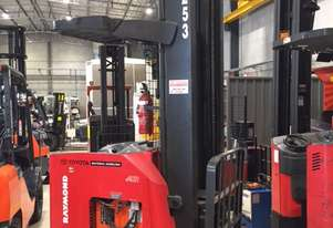 Raymond Narrow Isle Reach Forklift in good condition