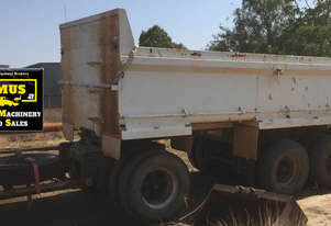 1997 BT Super Dog Tipper Trailer. E.M.U.S. TS540