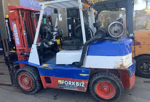 4 Tonne Container Mast Forklift For Sale!