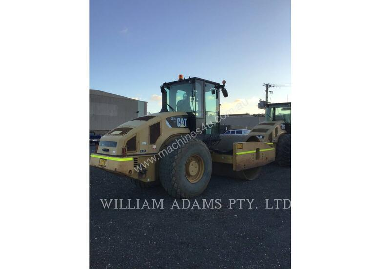 CATERPILLAR CS76 Compactors