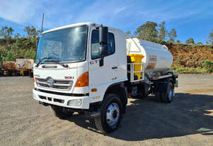 Hino GT 1322-500 Series Fuel/Lube Tanker Truck