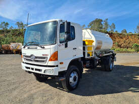 Hino GT 1322-500 Series Fuel/Lube Tanker Truck - picture0' - Click to enlarge