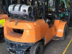 Used LPG Toyota 7FG40 forklift - picture2' - Click to enlarge