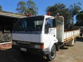 1991 Mitsubishi Fuso FH100 Wrecking Trucks - picture1' - Click to enlarge