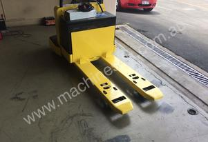 Yale MPE060-F battery electric pallet truck/jack