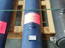 TIPPING HOIST Well Mount FS4-172-5876 end of line  - picture4' - Click to enlarge