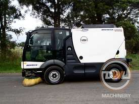 Azura Concept Sweeper Sweeping/Cleaning - picture0' - Click to enlarge