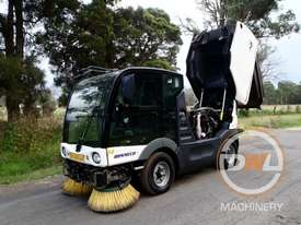 Azura Concept Sweeper Sweeping/Cleaning - picture13' - Click to enlarge