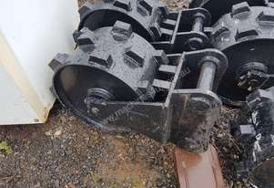 COMPACTION WHEEL SUIT 2.5 - 3.5 TONNE EXCAVATOR